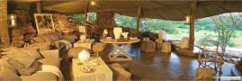 Main lounge area at Singita Faru Faru Lodge